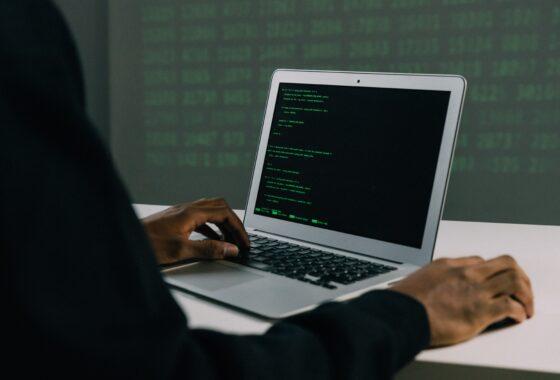 Kibernetinio saugumo ekspertas: skaudžiausi incidentai nutinka geriausiems