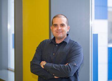 Startuolių mentorius iš Izraelio Y. Shavit: neradę durų į tikslą, atverkit langą